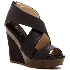 Bucco Juney Wedge Sandal 8.5